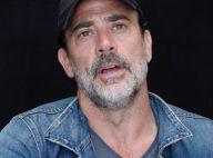 Jeffrey Dean Morgan (The Walking Dead) : Sa famille harcelée, il réplique