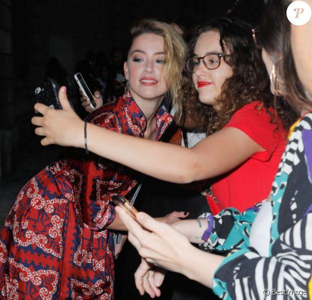Amber Heard - Défilé Valentino, collection Haute Couture automne-hiver 2018/2019 à l'hôtel Salomon de Rotschild à Paris. Le 4 juillet 2018. © Veeren-CVS/Bestimage