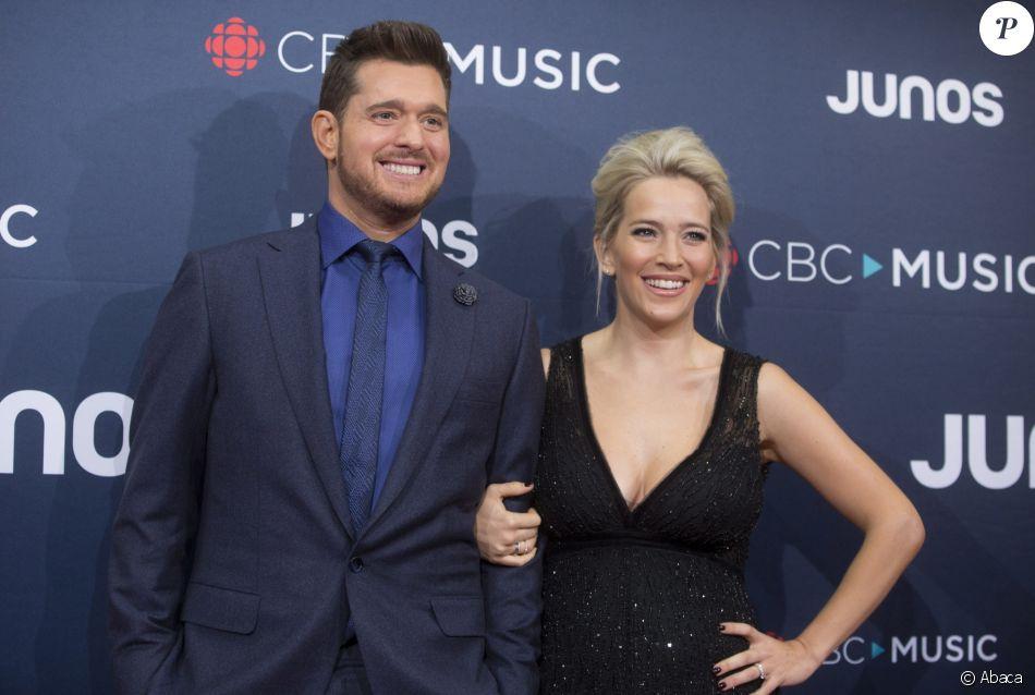 Michael Bublé et Luisana Lopilato sur le tapis rouge des Juno Awards à Vancouver le 25 mars 2018.