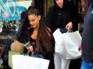 """Ariana Grande défend son fiancé après sa """"blague"""" sur l'attentat de Manchester"""