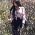 Exclusif - Kim Kardashian en pleine séance photo avec sa mère Kris Jenner à Malibu, le 24 avril 2018.