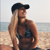 Ilona Smet joue les supportrices sexy sur Instagram