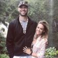 Jana Kramer et son mari  Michael Caussin sur une photo publiée sur Instagram le 2 décembre 2017