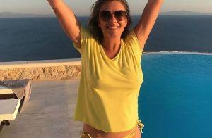 Elizabeth Hurley : 53 ans, divine en maillot et détendue à la plage