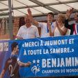 Benjamin Pavard et ses parents Frédéric et Nathalie Pavard - Le champion du monde 2018 de football Benjamin Pavard est de retour dans sa ville de Jeumont dans le Nord de la France le 18 juillet 2018. © BO/Bestimage