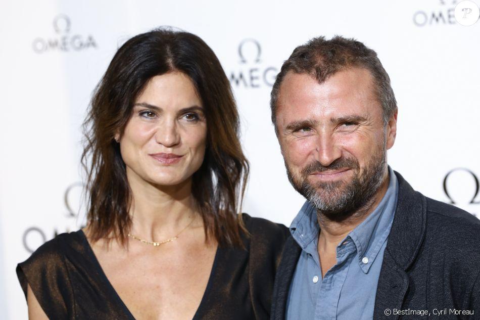 Alexandre brasseur et sa femme juliette photocall de la soir e her time omega l 39 h tel de - Alexandre jardin et sa femme ...