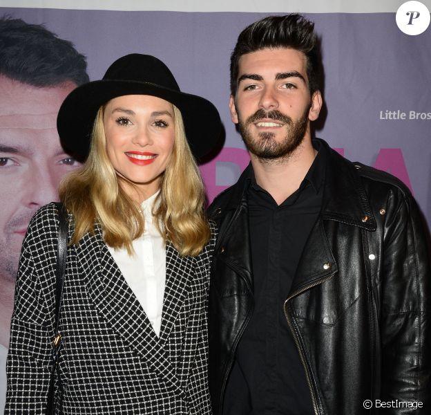 """Joy Esther et Andrea - Générale du One Man Show d'Arnaud Ducret """"Arnaud vous fait plaisir"""" à l'Alhambra à Paris, le 13 novembre 2014."""