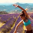 Laury Thilleman en pleine séance de sport en Provence-Alpes-Côte d'Azur - Instagram, 20 juillet 2018