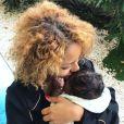 Estelle Mossely, le jour de son 25e anniversaire, pose avec son fils Ali, fruit de son amour pour Tony Yoka. Instagram, le 19 août 2017.