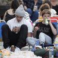 Exclusif - Brooklyn Beckham passe l'après-midi avec ses frères Roméo et Cruz et sa soeur Harper et des amis à Los Angeles. Le 22 juillet 2018