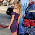 """Marisa Miller à la Première du film """"Ghosts of Girlfriends past"""" au Grauman's Chinese Theatre de Hollywood"""