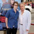 """Michael DOuglas et son fils Cameron à la Première du film """"Ghosts of Girlfriends past"""" au Grauman's Chinese Theatre de Hollywood"""