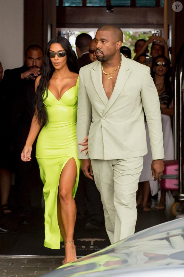 Kim Kardashian et Kanye West arrivent à la Villa (Casa Casuarina), ex-propriété de Gianni Versace, pour la réception du mariage de 2 Chainz et Kesha Ward. Miami, le 18 août 2018.