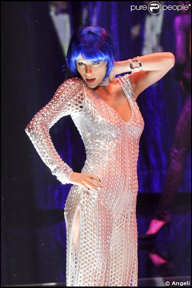 """La belle Michelle Hunziker, lors de l'émission """"Chimbretti Night"""", enregistrée à Milan pour la télévision italienne, le 27 avril 2009 !"""
