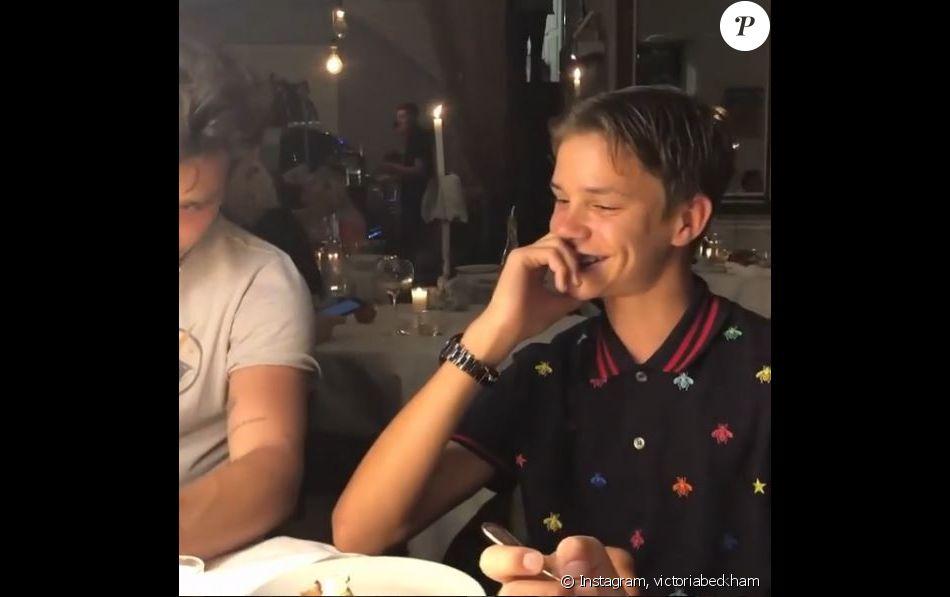 Romeo Beckham a fêté ses 16 ans dans le Sud de la France avec son clan ainsi qu'Elton John et son mari David Furnish, le 29 août 2018