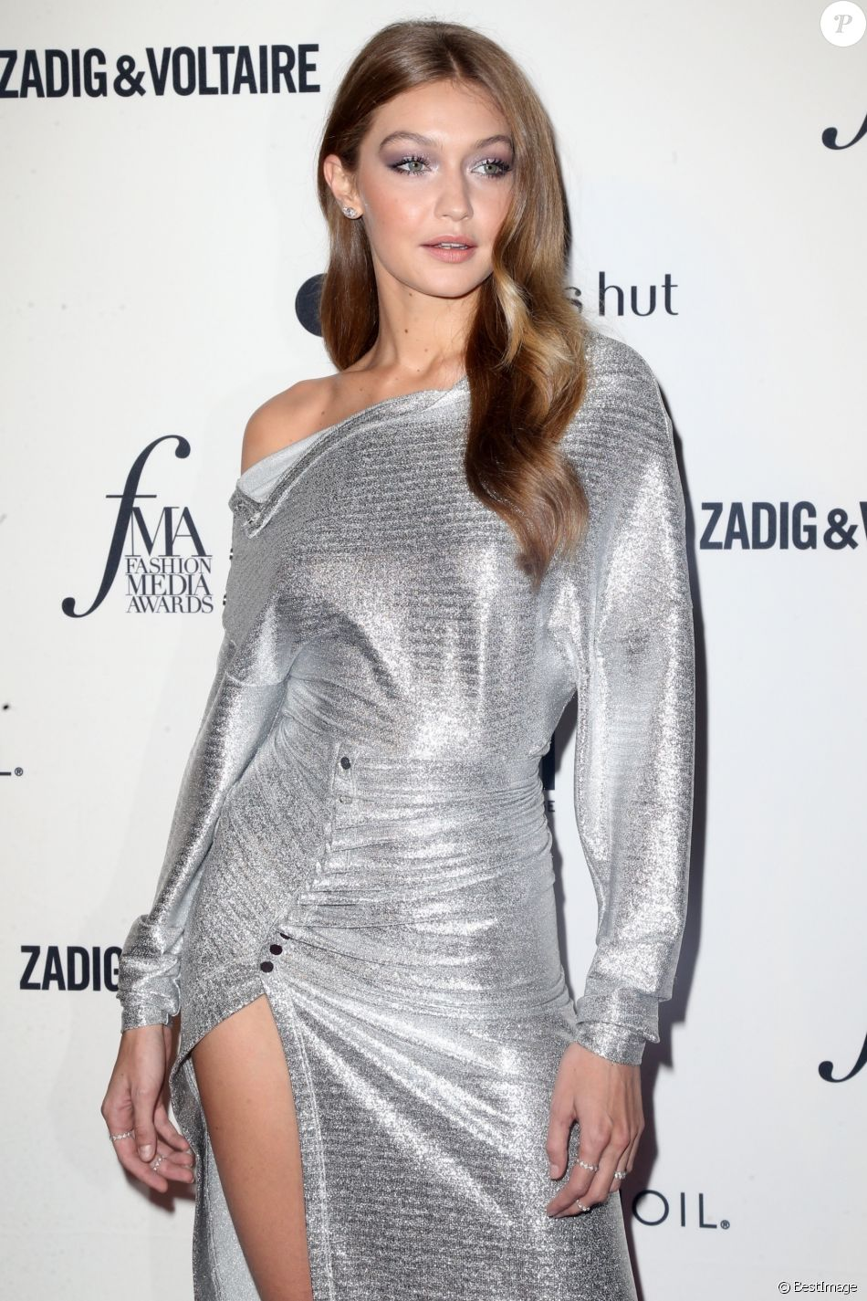 Gigi Hadid à la 6ème soirée annuelle Daily Front Row's Fashion Media Awards à l'hôtel Park Hyatt à New York, le 6 septembre 2018.