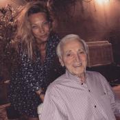 """Charles Aznavour : Laura Smet pleure la mort du """"père spirituel"""" de Johnny"""