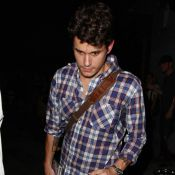 John Mayer... un garçon triste et esseulé... Jennifer doit lui manquer ?
