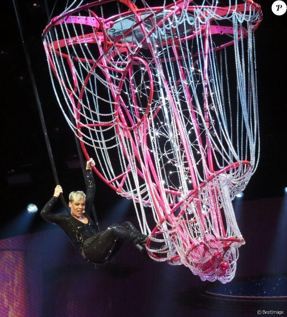 Pink en concert à Perth en Australie le 4 juillet 2018.