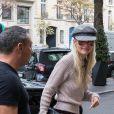 Semi-Exclusif - Laeticia Hallyday à son arrivée au Royal Monceau à Paris. Le 17 octobre 2018