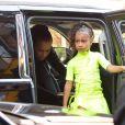 Kim Kardashian et sa fille North West - Kim Kardashian arrive avec ses enfants à la soirée SNL de son mari K. West & L. Pump à New York, le 29 septembre 2018.