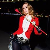 Lily-Rose Depp : Maîtresse de cirque sexy pour Halloween !