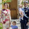 La princesse Sofia, le prince Carl Philip et leurs enfants le prince Gabriel et le prince Alexander - Baptême de la princesse Adrienne de Suède à Stockholm au palais de Drottningholm en Suède le 8 juin 2018.