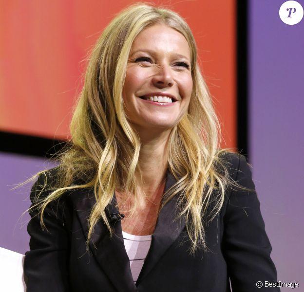 Gwyneth Paltrow à la soirée The Game Plan: Strategies for Entrepreneurs' lors du Airbnb Open 2016 au théâtre Orpheum à Los Angeles, le 19 novembre 2016