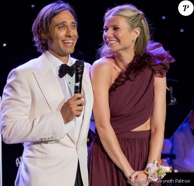 Gwyneth Paltrow et Brad Falchuk lors de leur fête à Los Angeles, le 14 avril 2018.
