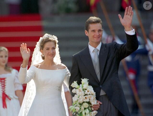 L'infante Cristina d'Espagne et Iñaki Urdangarin lors de leur mariage en octobre 1997 à Barcelone.