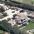Exclusif - Vues aériennes de la maison de Lady Gaga à Malibu actuellement menacée par l'immense feu de forêt de Woolsey à Malibu le 9 novembre 2018.  Exclusive - Germany call for price - Aerial views of Lady Gaga's coastal Malibu home that is in harms way of the Woolsey Fires that is currently burning thousands of acres of land and homes in it's way in November 9, 2018.09/11/2018 - Malibu