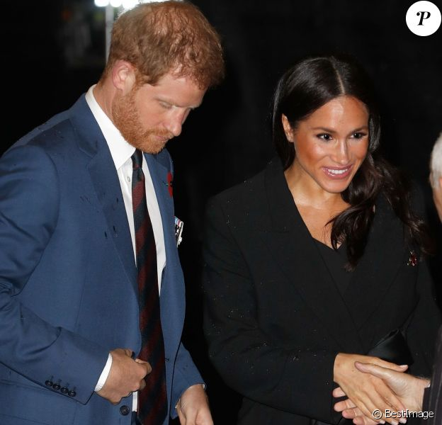"Meghan Markle (enceinte), duchesse de Sussex et le prince Harry, duc de Sussex - La famille royale d'Angleterre au Royal Albert Hall pour le concert commémoratif ""Royal British Legion Festival of Remembrance"" à Londres. Le 10 novembre 2018"