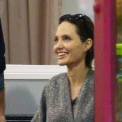 Angelina Jolie radieuse au karaté avec Vivienne et complice avec le prof