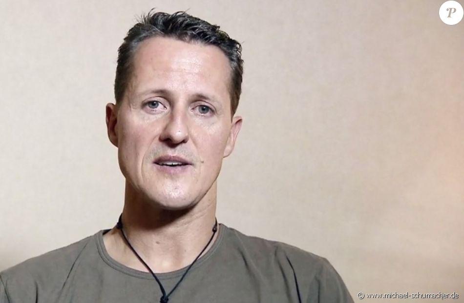 Michael Schumacher filmé deux mois avant son accident de ski, répondant à dix questions de fans.