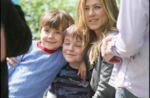 Jennifer Aniston, entourée d'enfants : une vraie envie d'être maman ?