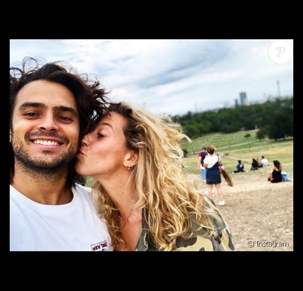 """Jérémy et Candice s'affichent très proches et complices depuis leur rencontre dans """"Koh-Lanta, l'île au trésor"""" (TF1) en 2016."""