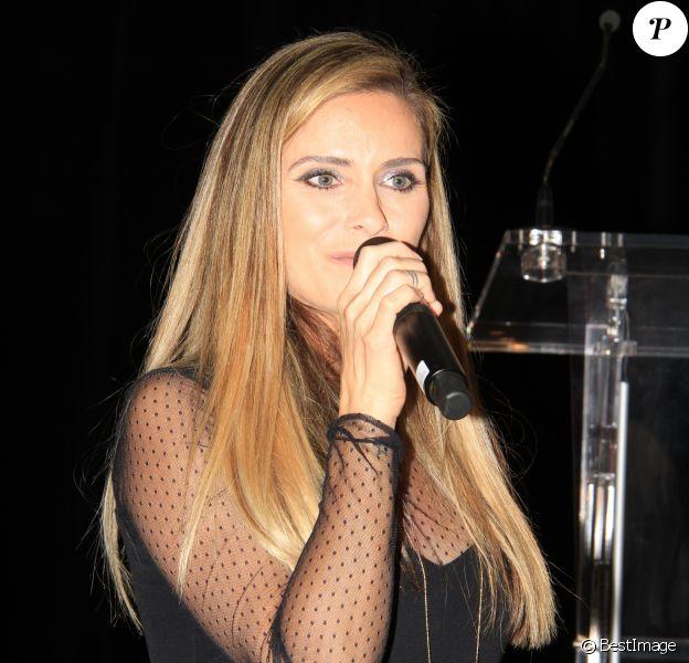Clara Morgane - L'association Citestars fait son cabaret et fête ses 20 ans lors de l'élection de Miss Beauté nationale à l'hôtel InterContinental à Paris le 18 novembre 2018. © Philippe Baldini/Bestimage