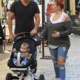 Jenna Jameson, son compagnon Lior Bitton et leur fille Batel à Los Angeles. Le 20 novembre 2017.
