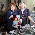 Exclusif - Rendez-vous avec la chanteuse Regine et sa petite-fille Daphne dans son appartement parisien. Le 16 janvier 2014