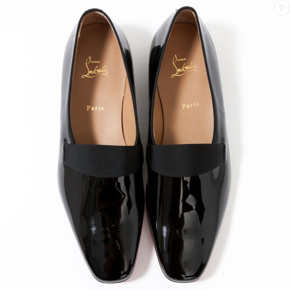 photos officielles d66bf c06ac Omar Sy met en vente une paire de chaussures Christian ...
