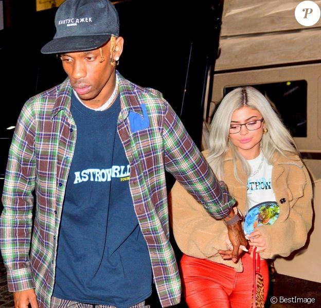 Exclusif - Travis Scott sort de son concert accompagné de sa fiancée Kylie Jenner à Madison Square Garden à New York, le 27 novembre 2018