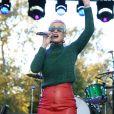 Katy Perry sur la scène du One Love Malibu Festival for Woolsey Fire Recovery à Calabasas le 2 décembre 2018.