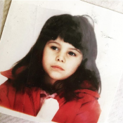 Karine Ferri, maman généreuse : Elle dévoile un cliché très mignon d'elle enfant