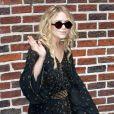 Mary-Kate Olsen, à la pointe de la mode dans sa tunique de style orientale façon liberty !