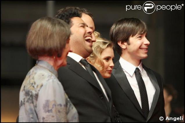 Lorna Raver, Dileep Rao, le réalisateur Sam Raimi, Alison Lohman et Justin Long pour la présentation du film Jusqu'en Enfer le 20 mai 2009 durant le 62e Festival de Cannes