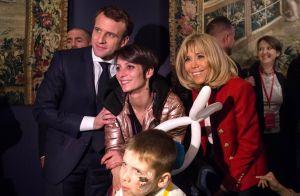 Emmanuel et Brigitte Macron : Doux moment auprès des enfants pour Noël