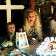 Exclusif - Pierre Rambaldi, Maryline (femme de Grégory Boudou) - Laeticia Hallyday et ses proches lors de la deuxième veillée pour le premier anniversaire de la mort de Johnny Hallyday au cimetière marin de Lorient à Saint-Barthélemy le 6 décembre 2018. © Dominique Jacovides / Bestimage