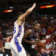 Ben Simmons (maillot blanc) - Match de NBA Miami Heat - Philadelphia 76ers à Miami. Novembre 2018.