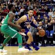 Ben Simmons (maillot bleu) - Match de NBA Boston Celtics - Philadelphia 76ers à Londres. Janvier 2018.