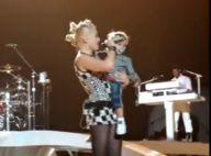 Gwen Stefani souhaite l'anniversaire de son fils... en plein concert !  Le gamin est sur la scène, Regardez !